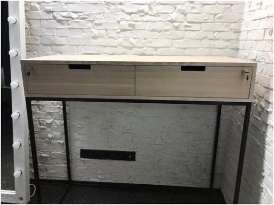 stol-konsol v stile loft la39